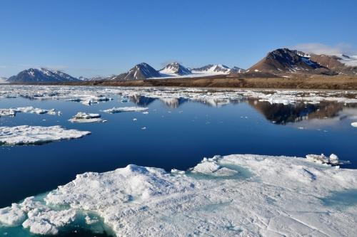 1 spitzberg - fjord de la recherche.JPG