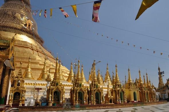 shwedagon 14.jpg