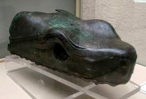 Head_serpent_Hippodrome_Istanbul_Museum_(5).jpg