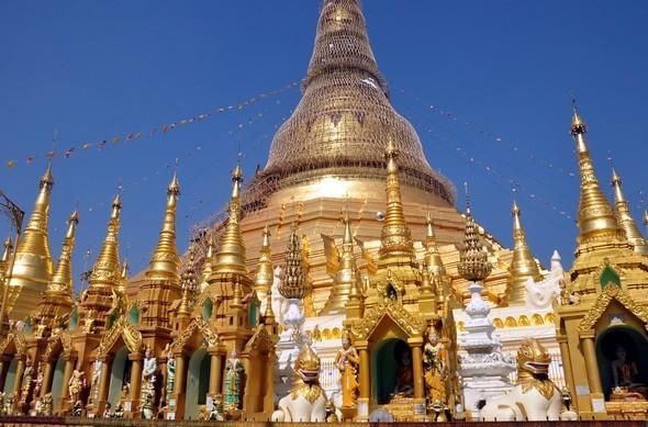 shwedagon 4.jpg