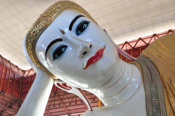 Kyaukhtagyi bouddha.jpg