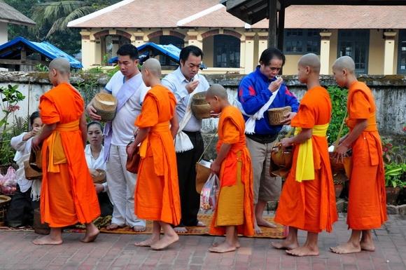 moines luang prabang_32.JPG