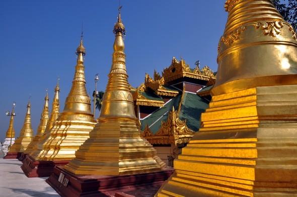 shwedagon 7.jpg