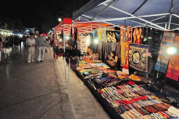 luang prabang market_27.JPG