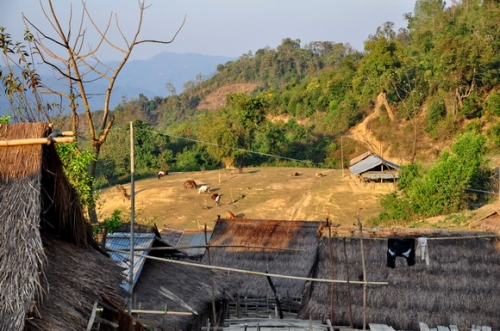 akha-village-phongsali-laos_12.JPG
