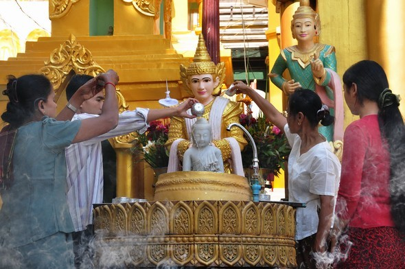 shwedagon 16.jpg