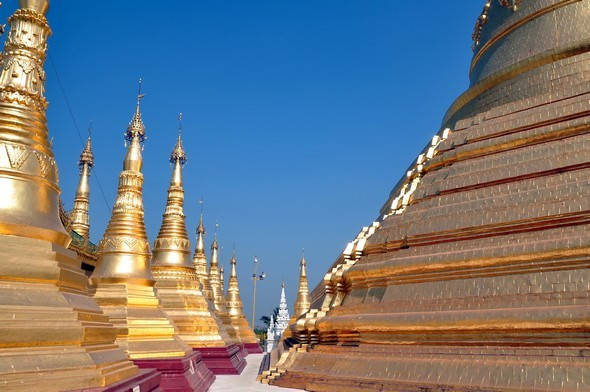 shwedagon 8.jpg