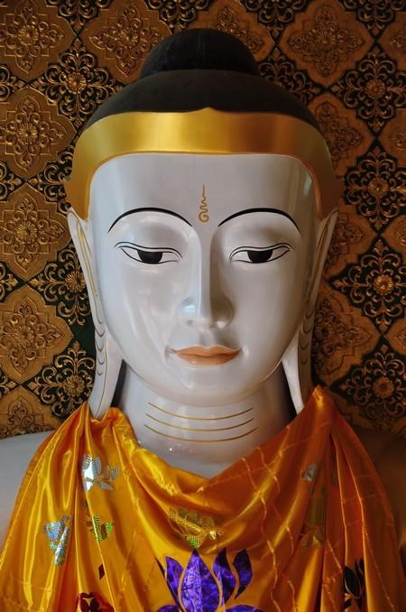 bouddha shwedagon.jpg