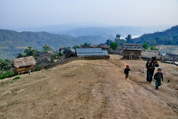 akha-village-phongsali-laos_33.JPG
