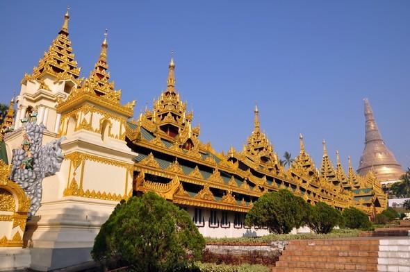 shwedagon 2.jpg
