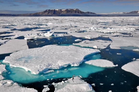 spitzberg floes icebergs_02.JPG